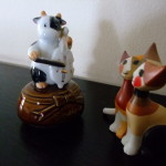 对猫拉琴―馬に念仏、猫に経?